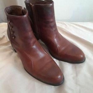 Naturalizer Cognac Low boots